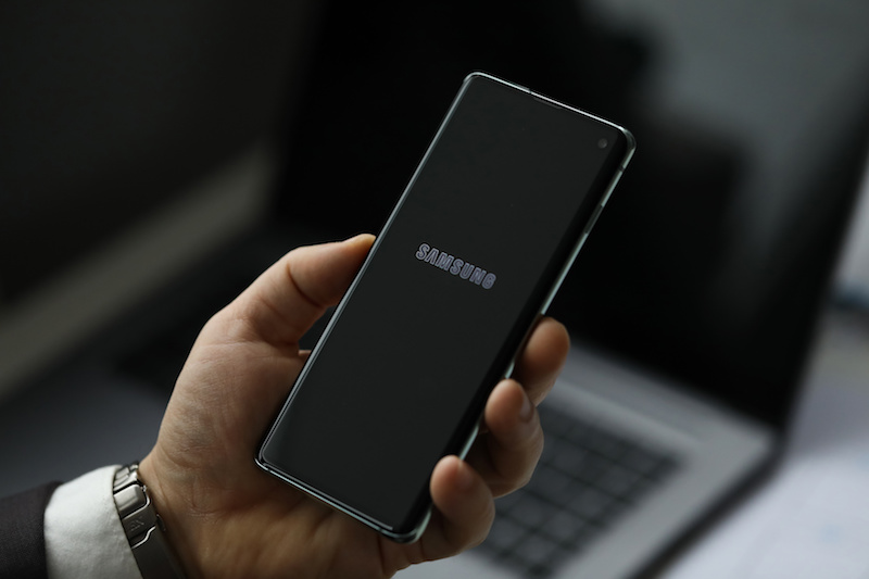 Samsung Quietly Fixed Critical Galaxy Flaws Allowing For Spying, Facts
