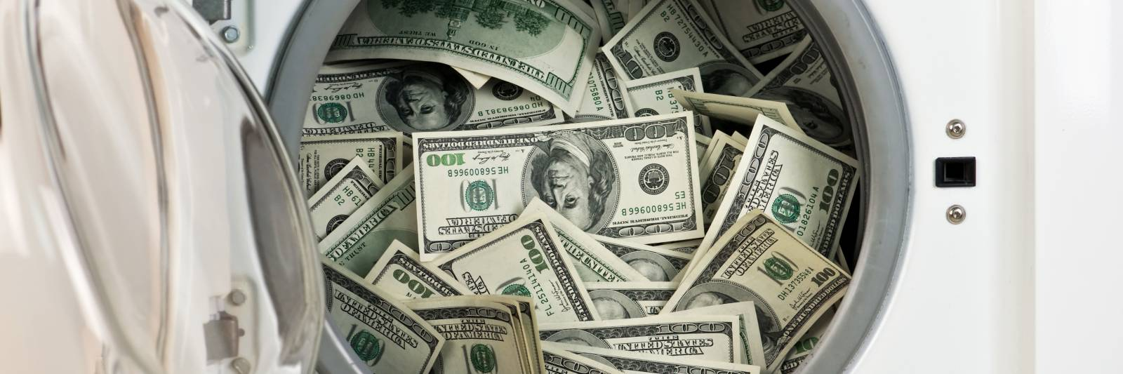 Oracle Provides Midsize Banks With Big Bank Money Laundering Protection