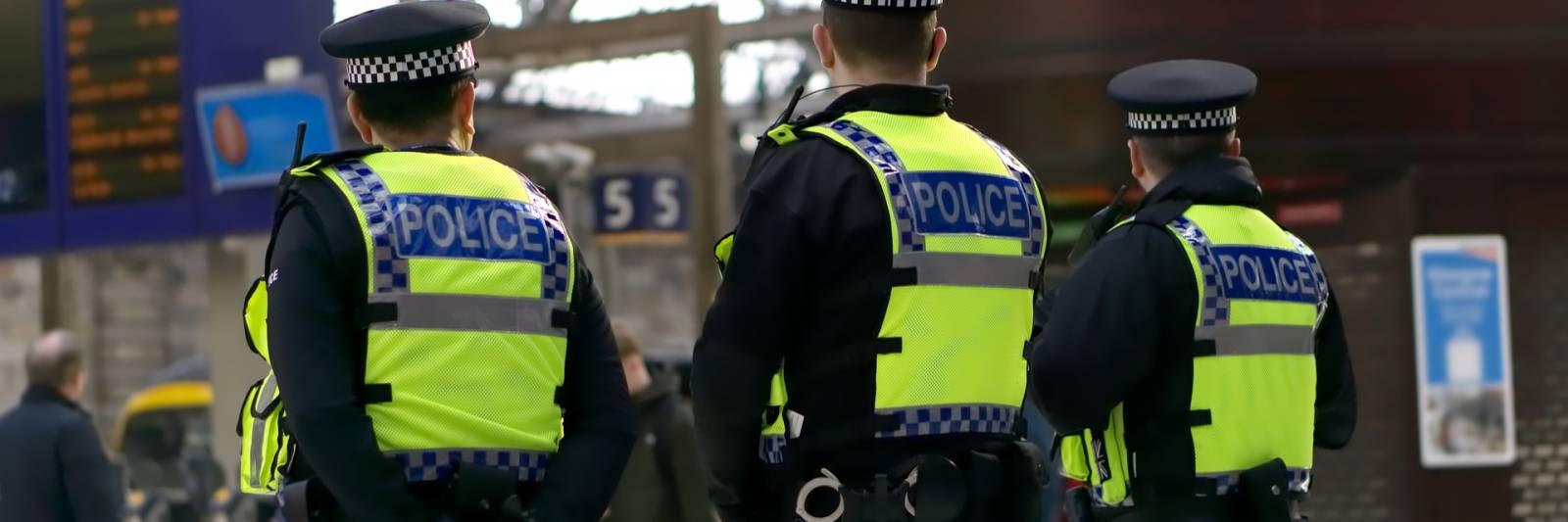 capgemini wins £600 million contract with met police
