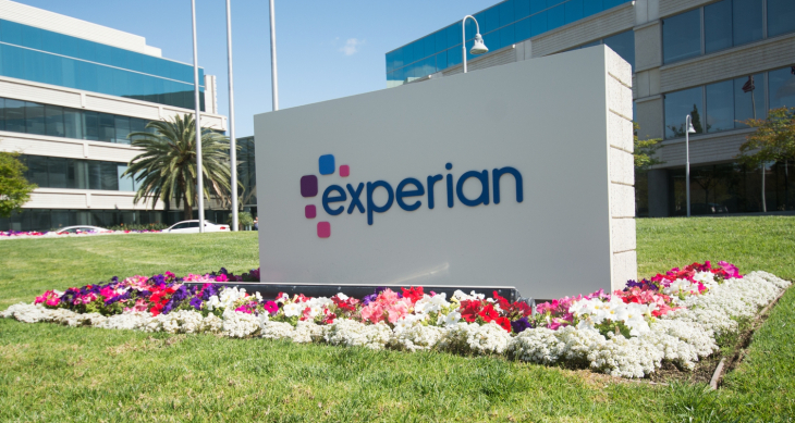 experian api leaks most americans' credit scores