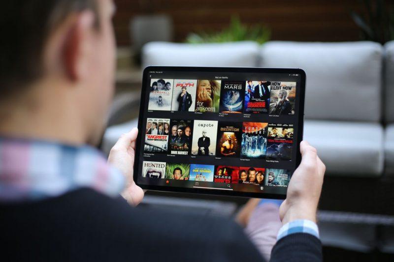 bazaloader masquerades as movie streaming service