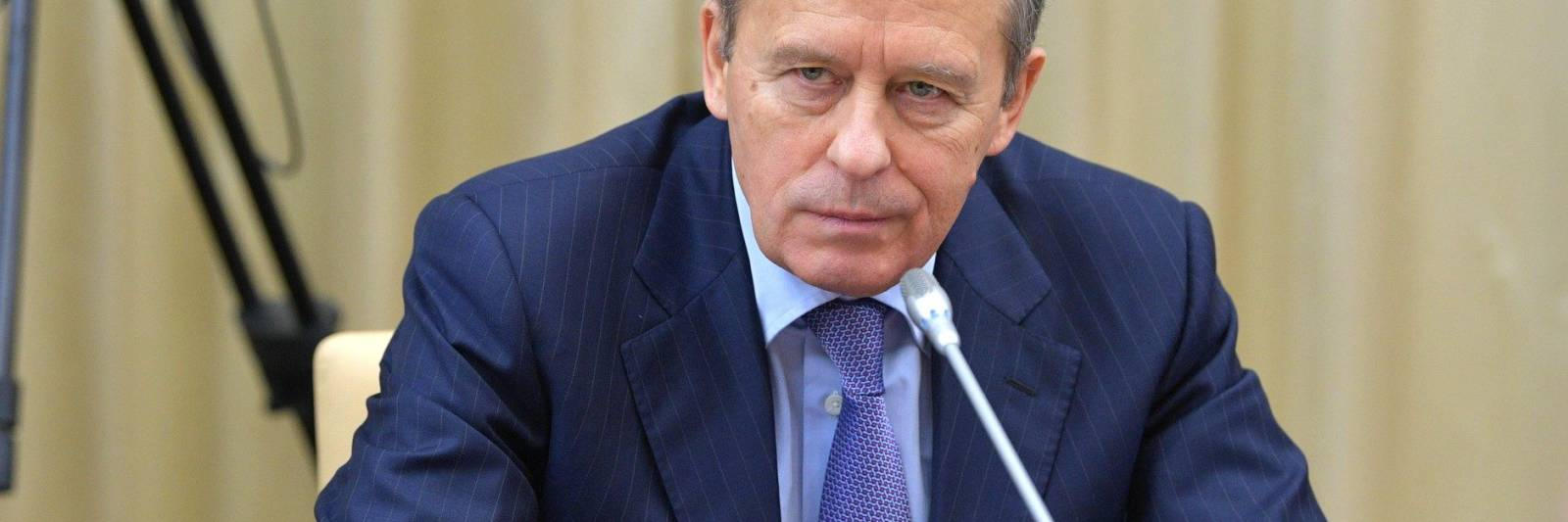russian intelligence service chief says moscow will work with us