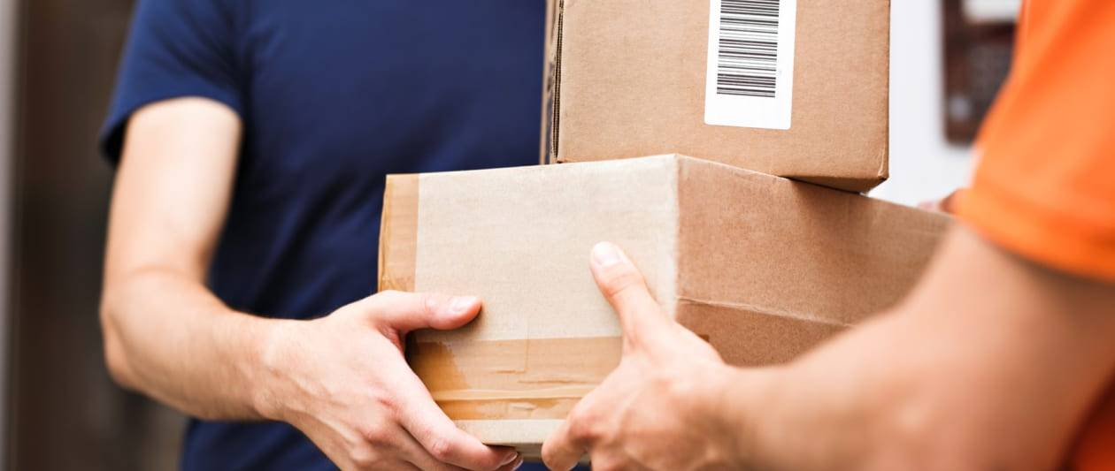 delivery scams become most common form of smishing