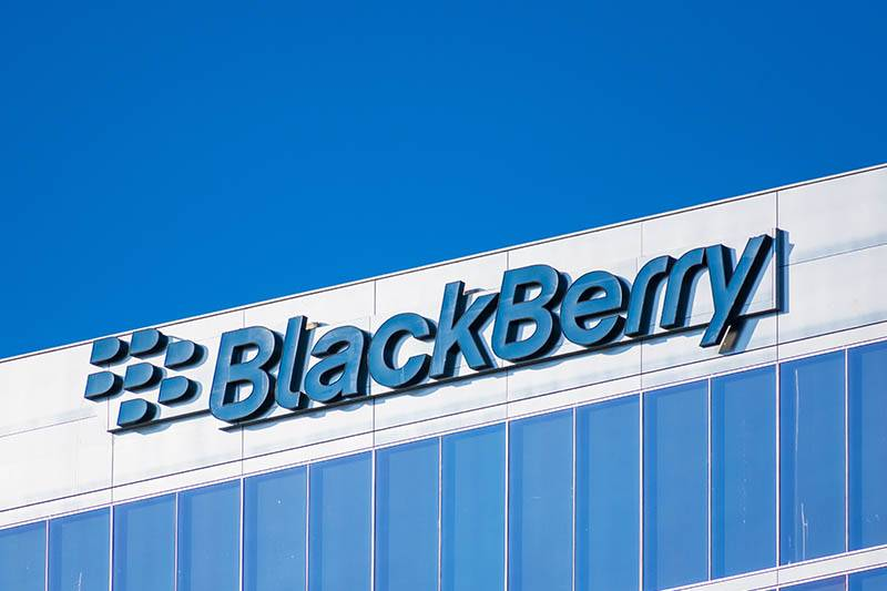 memory bugs in blackberry's qnx embedded os open devices to